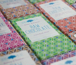 raw chocolate packaging design